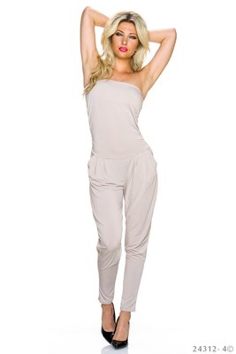 Sexy jumpsuit van Lingling in creme