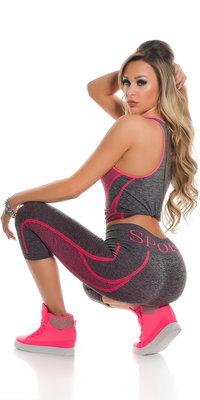 Trendy Workout Outfit Tanktop & Capri Leggings in Fuschia