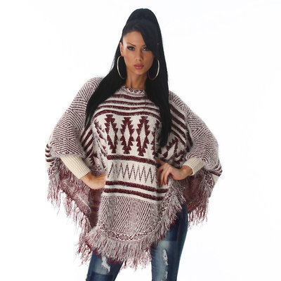 Trendy Knit Poncho XT301 in Rood