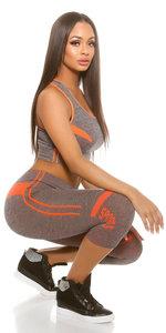 Trendy Workout Set Top & Capri leggings in Oranje